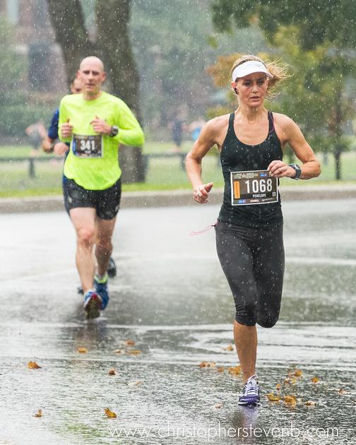 runner 1068 running in the rain